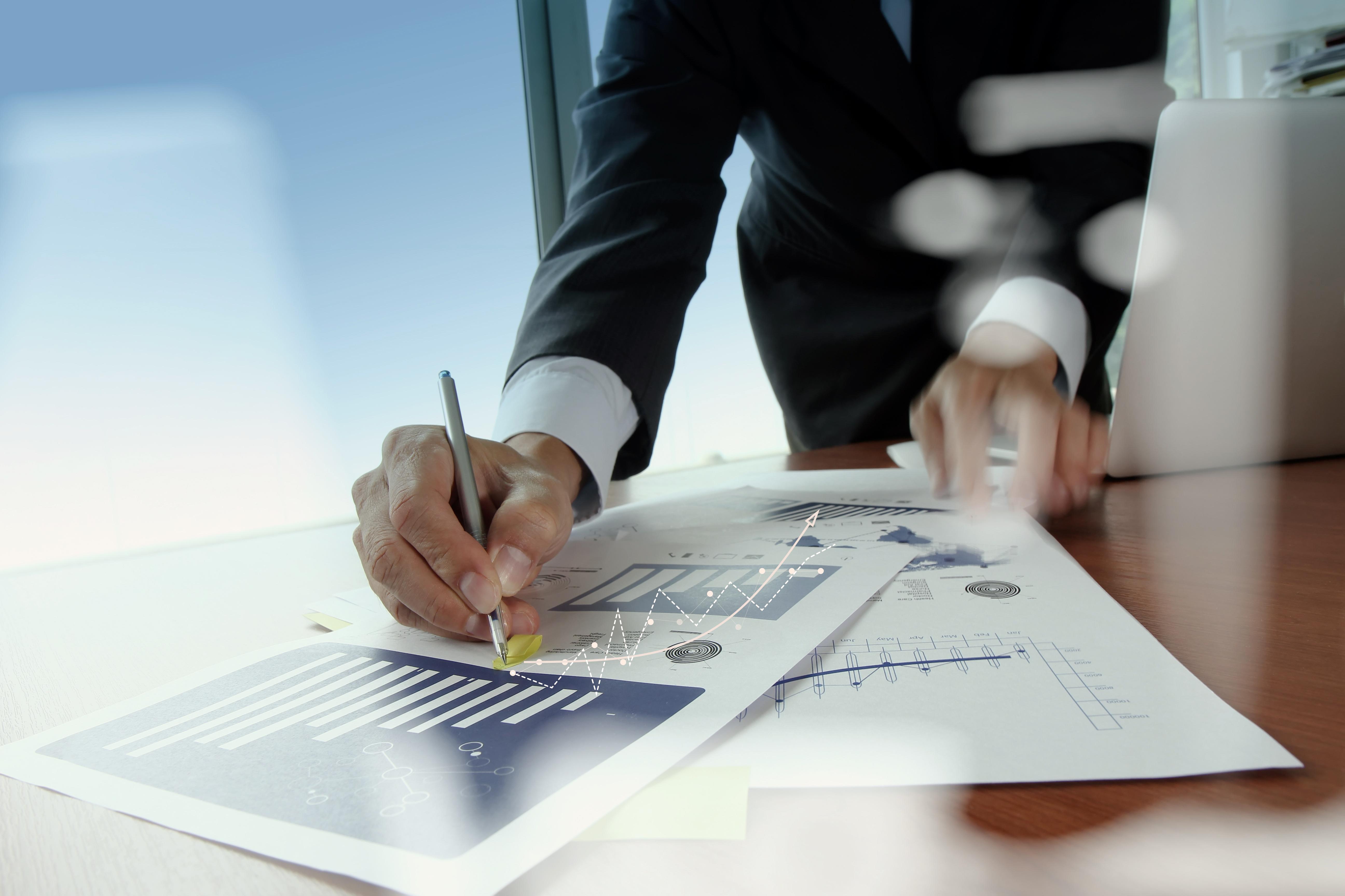 Practicile mici și mijlocii și organismele profesionale contabile trebuie să colaboreze pentru a se adapta schimbărilor aduse de un viitor caracterizat de evoluții permanente, recomandă un raport global