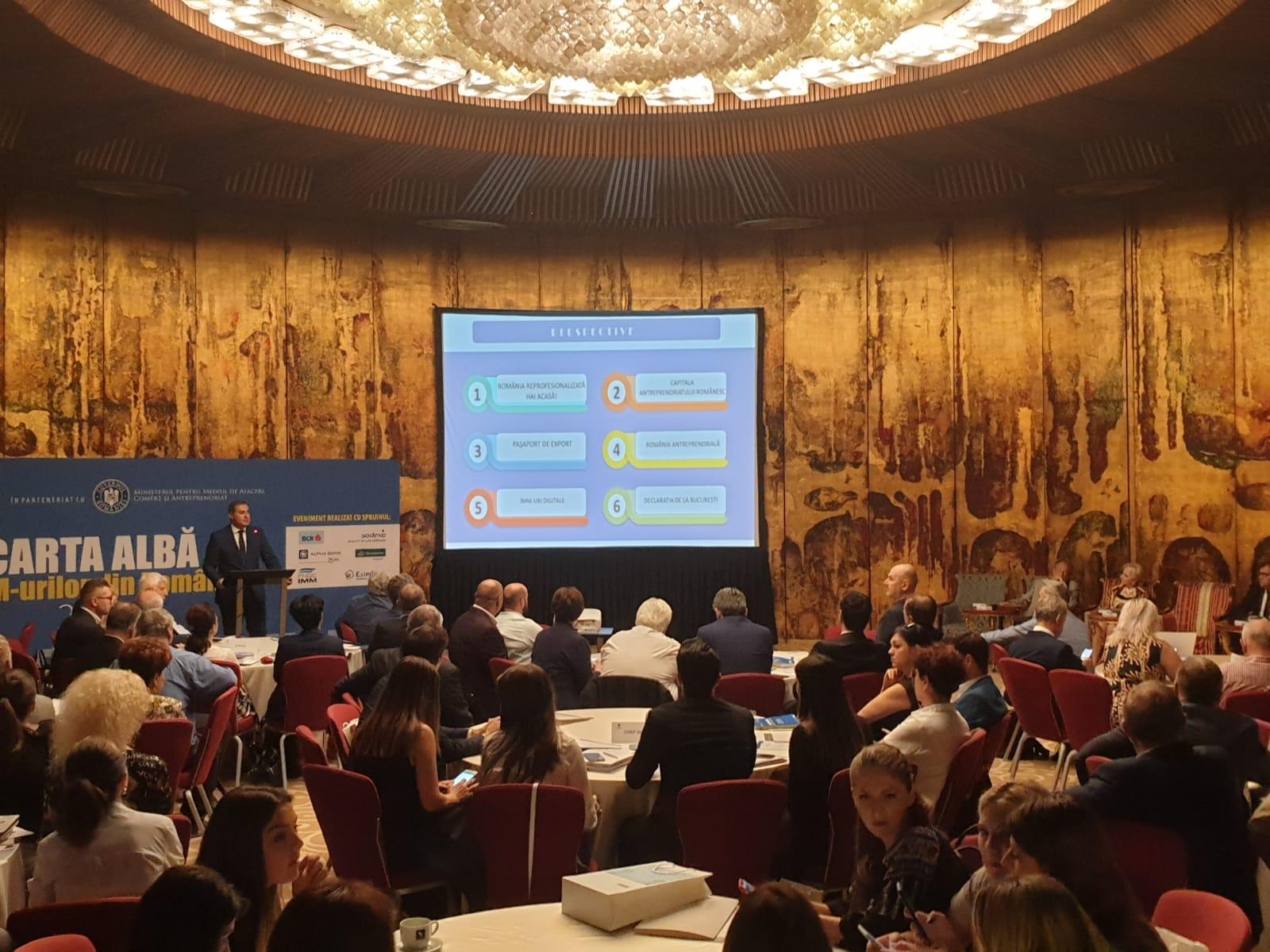 """A fost lansată cea de-a XVII-a ediţie a """"Cartei Albe a IMM-urilor din România"""", lucrare realizată de CNIPMMR în parteneriat cu Ministerul pentru Mediul de Afaceri, Comerţ şi Antreprenoriat"""