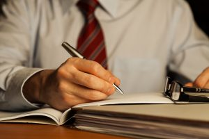 """Reanalizarea întrebării: """"Ar trebui ca un director financiar să fie contabil?"""""""