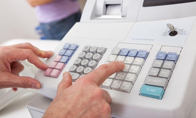 Firmele vor putea să își scadă costurile caselor de marcat, potrivit unei propuneri legislative adoptate de Parlament